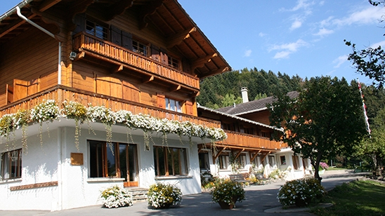 Internat Schweiz Pre Fleuri Ecole Alpine Internationale